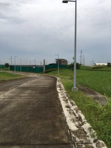 b41l21_other-side-of-lot_2